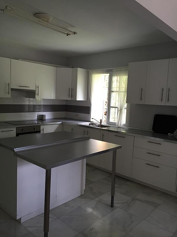 Villa en alquiler de temporada en calle Real, Nueva andalucia - 209818072