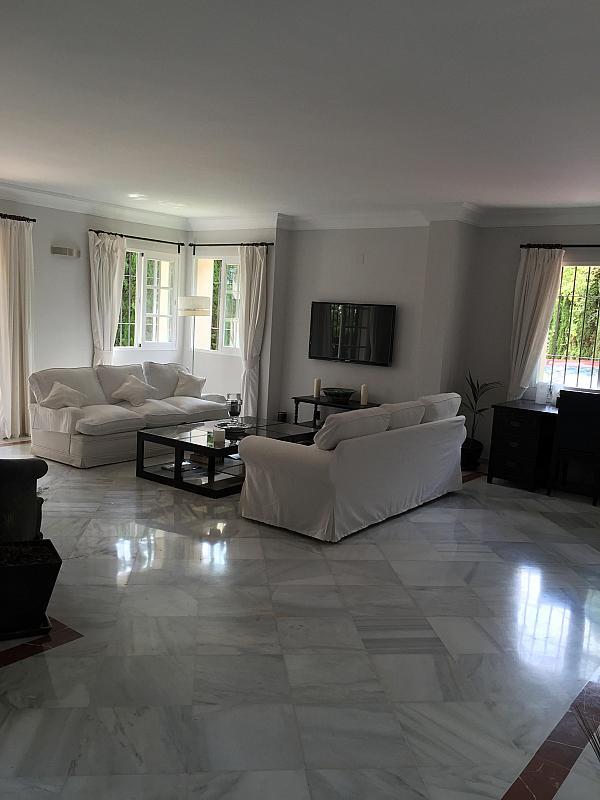 Villa en alquiler de temporada en calle Real, Nueva andalucia - 209818074