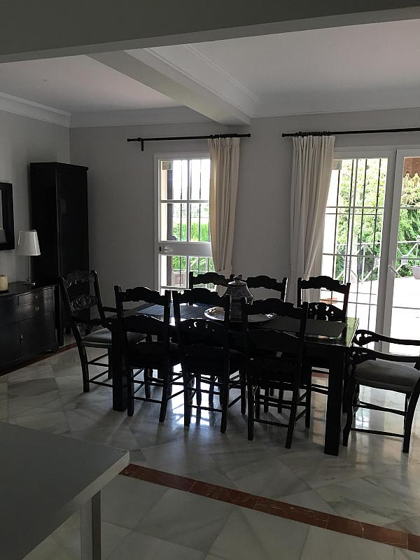 Villa en alquiler de temporada en calle Real, Nueva andalucia - 209818077