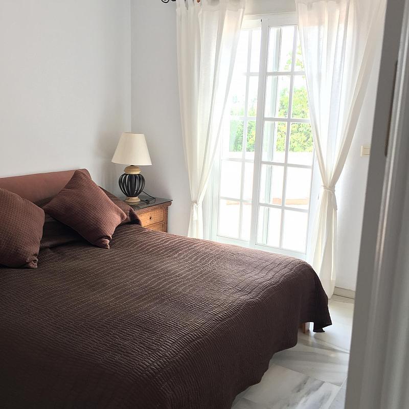 Villa en alquiler de temporada en calle Real, Nueva andalucia - 209818088