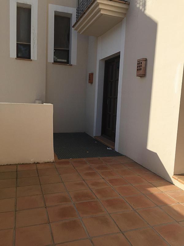 Piso en alquiler en calle Banahavis, Benahavís - 225710863