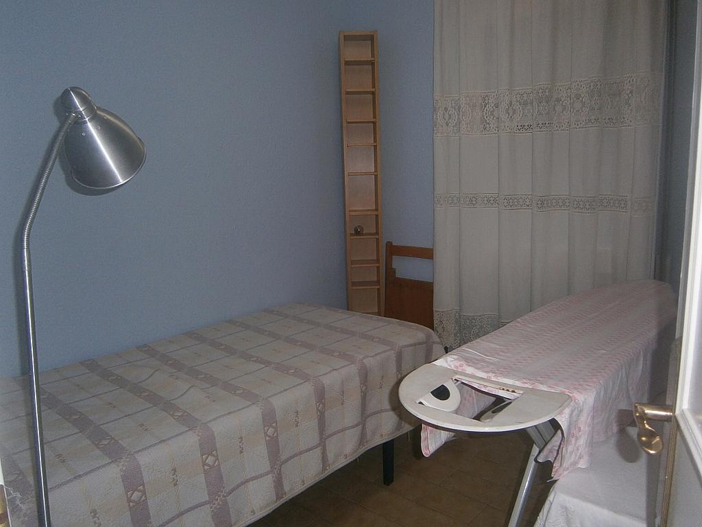 Piso en alquiler en Mercat Escola Ribes en Rubí - 390739207