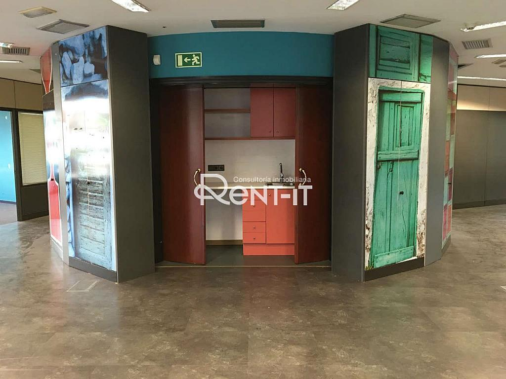 IMG_7960.JPG - Oficina en alquiler en Les Tres Torres en Barcelona - 288842077