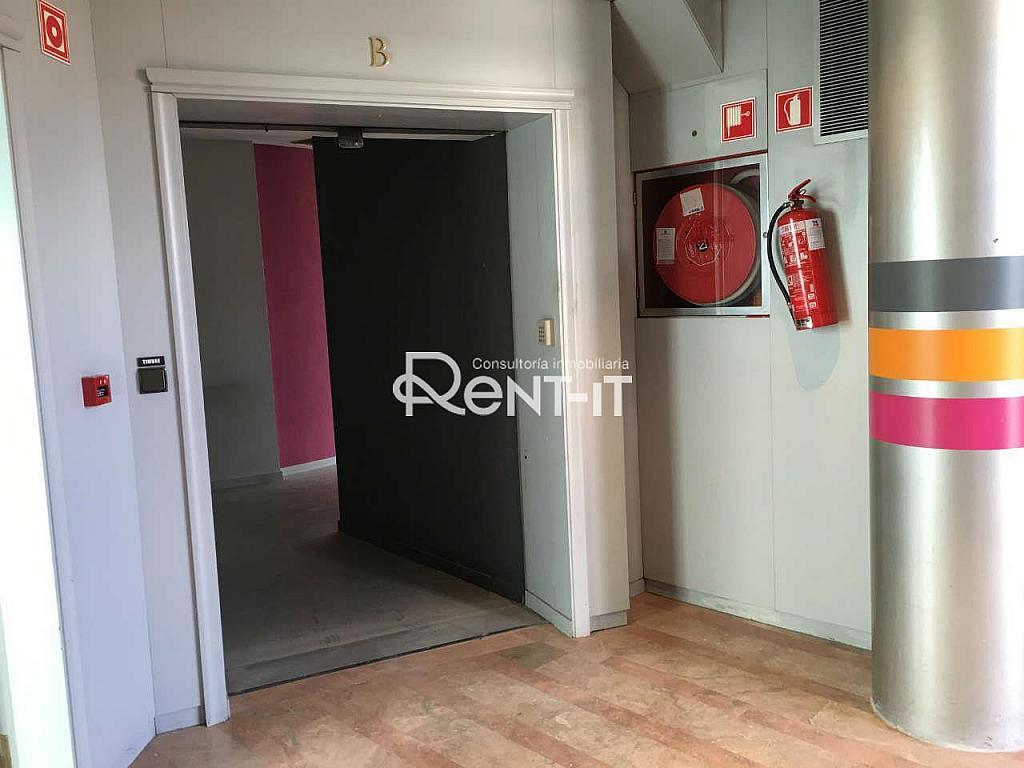 IMG_7994.JPG - Oficina en alquiler en Les Tres Torres en Barcelona - 288842125