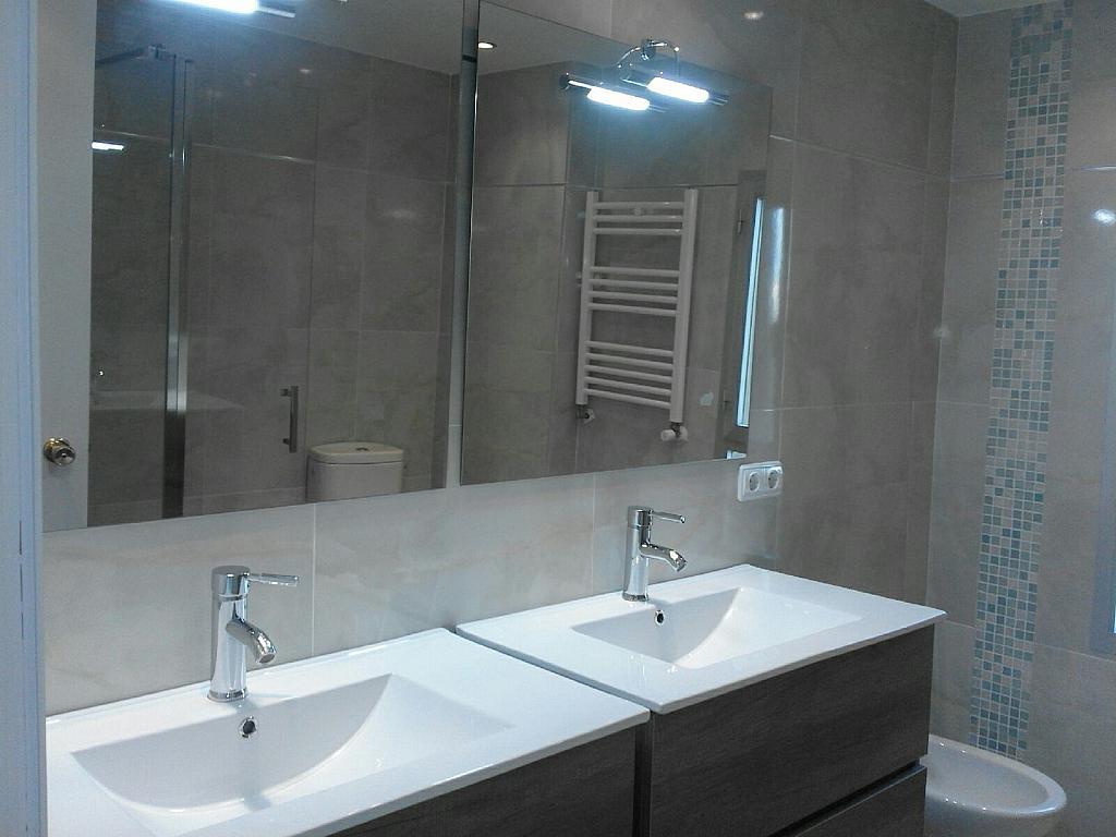 Baño - Piso en alquiler en calle , Zona portuaria en Palma de Mallorca - 307435396