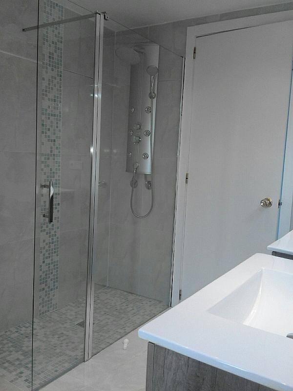 Baño - Piso en alquiler en calle , Zona portuaria en Palma de Mallorca - 307435411