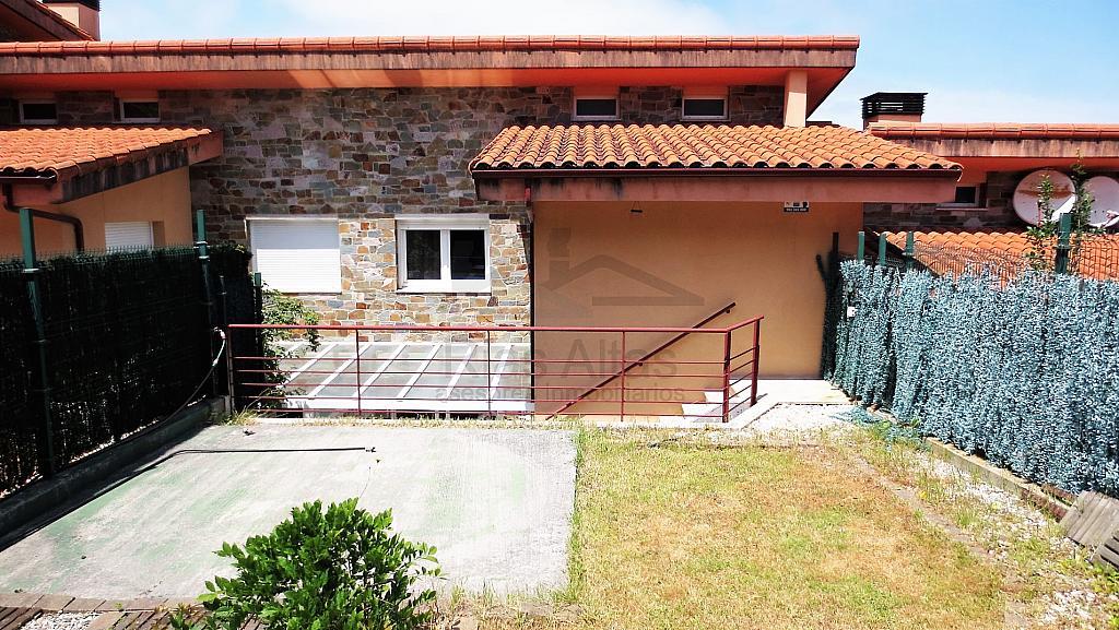 Piso en alquiler en calle Luis Freire Garcia, Palavea-Mesoiro-Feans en Coruña (A) - 296605512