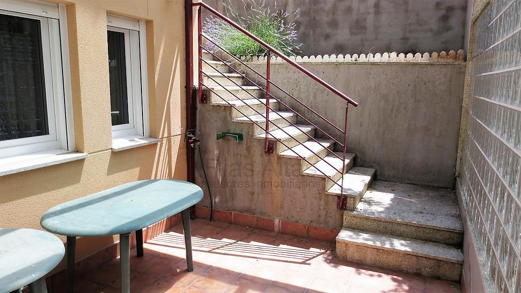 Piso en alquiler en calle Luis Freire Garcia, Palavea-Mesoiro-Feans en Coruña (A) - 296605544