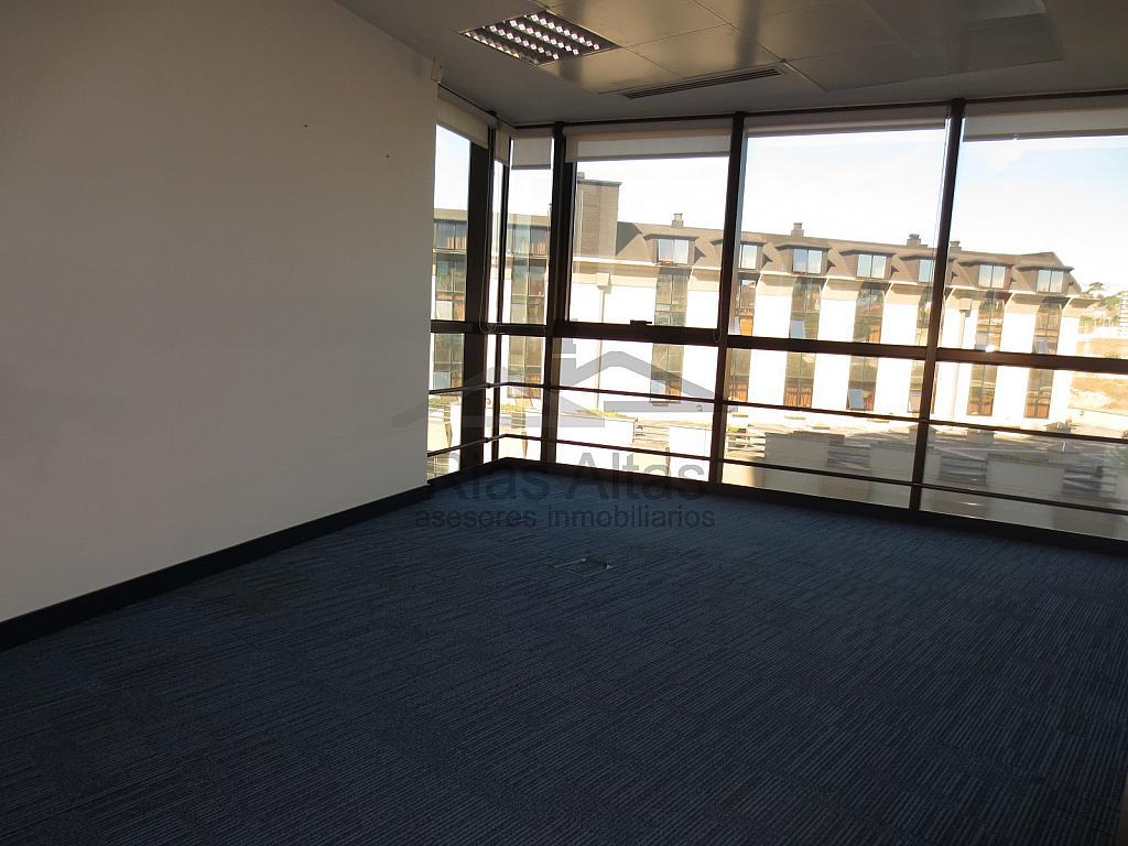 Oficina en alquiler en calle Enrique Mariñas Romero, Los Castros-Castrillón-Eiris en Coruña (A) - 306447058
