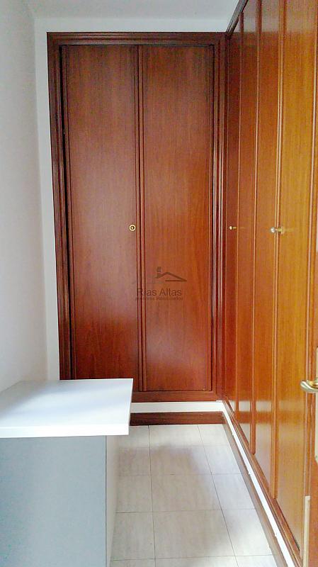 Oficina en alquiler en calle Rio de Monelos, Cuatro Caminos-Plaza de la Cubela en Coruña (A) - 306470414