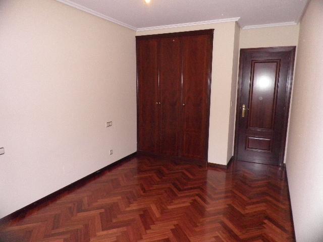 Dormitorio - Piso en alquiler en calle Enrique Mariñas, Someso-Matogrande en Coruña (A) - 56128648