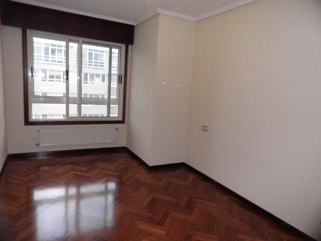 Dormitorio - Piso en alquiler en calle Enrique Mariñas, Someso-Matogrande en Coruña (A) - 56128649