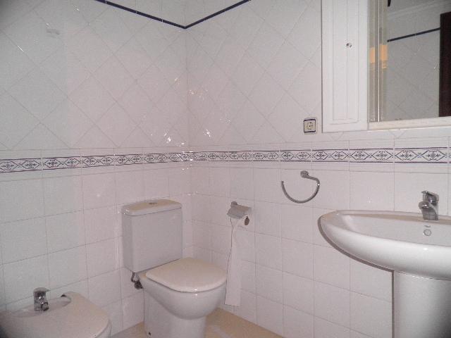 Baño - Piso en alquiler en calle Enrique Mariñas, Someso-Matogrande en Coruña (A) - 56128652