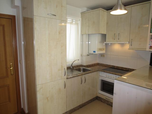 Apartamento en alquiler en calle Vereda del Polvorin, Monte Alto-Zalaeta-Atocha en Coruña (A) - 118511661