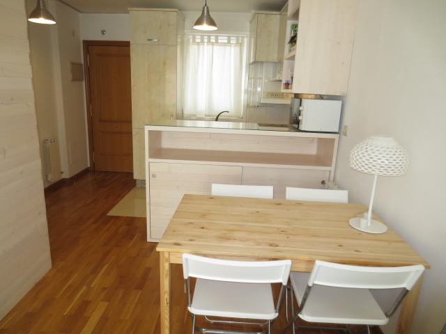 Apartamento en alquiler en calle Vereda del Polvorin, Monte Alto-Zalaeta-Atocha en Coruña (A) - 118511664
