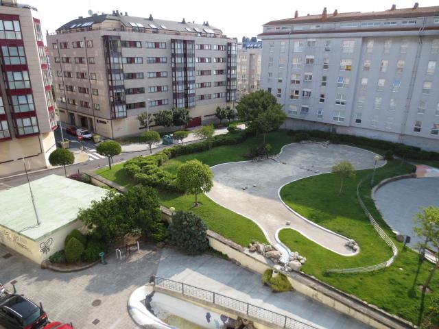 Apartamento en alquiler en calle Vereda del Polvorin, Monte Alto-Zalaeta-Atocha en Coruña (A) - 118511694