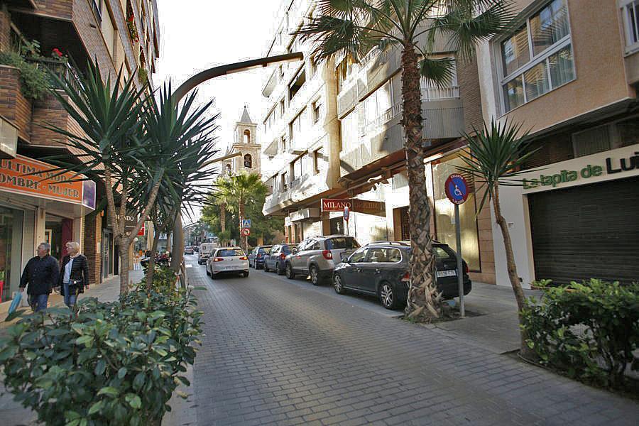 Local comercial en alquiler en calle Caballero de Rodas, Centro en Torrevieja - 243686586