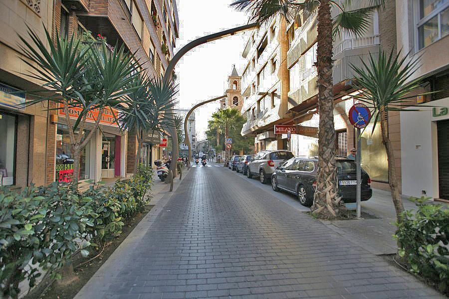 Local comercial en alquiler en calle Caballero de Rodas, Centro en Torrevieja - 243686589