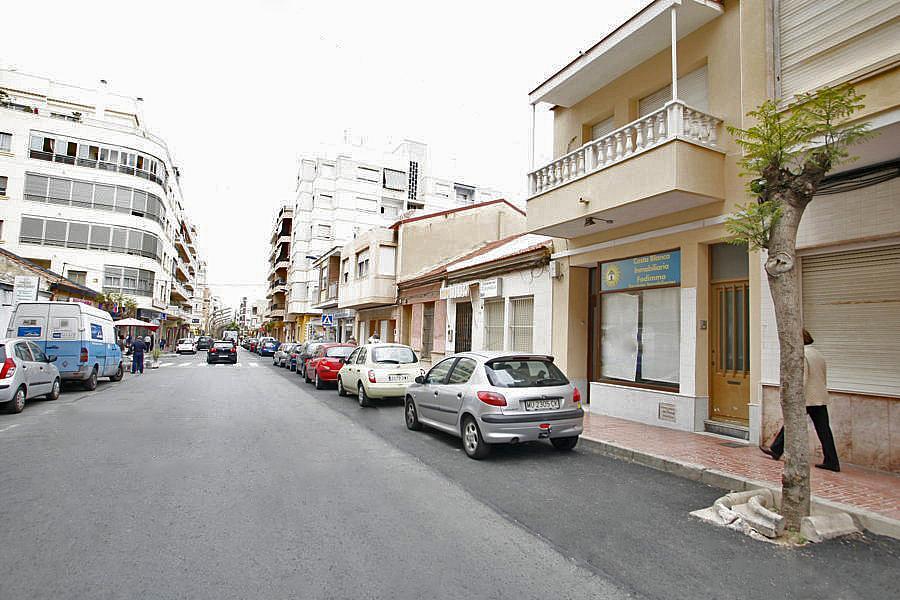 Local comercial en alquiler en calle Caballero de Rodas, Centro en Torrevieja - 268100137