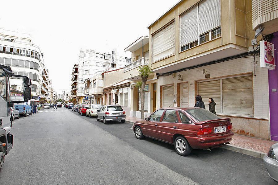 Local comercial en alquiler en calle Caballero de Rodas, Centro en Torrevieja - 268100139