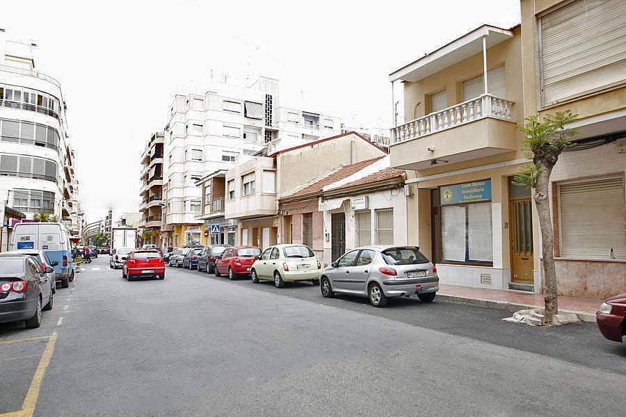 Local comercial en alquiler en calle Caballero de Rodas, Centro en Torrevieja - 268100143