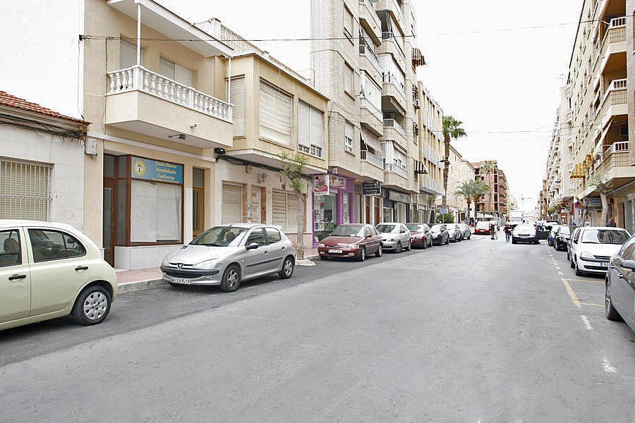 Local comercial en alquiler en calle Caballero de Rodas, Centro en Torrevieja - 268100146