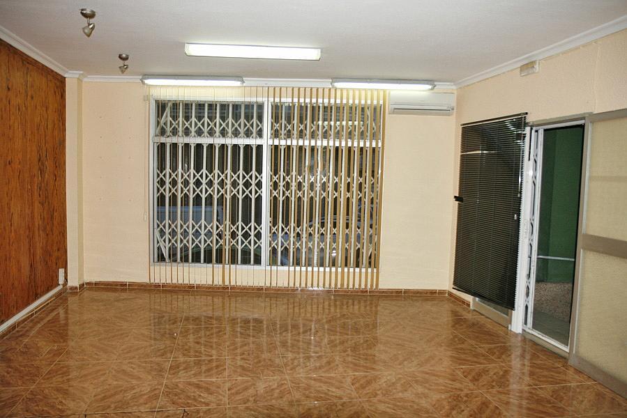Local comercial en alquiler en calle Patricio Zammit, Centro en Torrevieja - 273018807