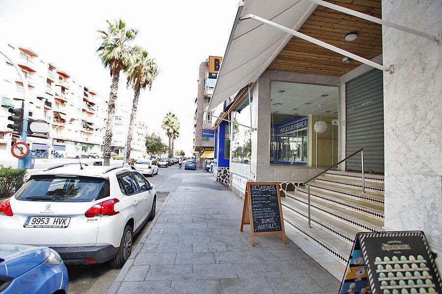 Local comercial en alquiler en calle Doctor Gregorio Marañón,  El Acequión - Los Naúfragos en Torrevieja - 323914639