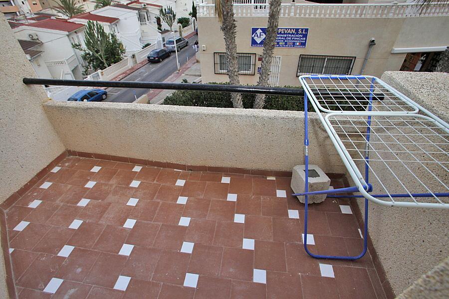 Apartamento en alquiler en calle Alfredo Nobel, Torrelamata - La Mata en Torrevieja - 324374443