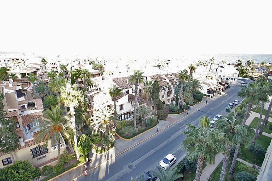 Apartamento en alquiler en calle Doctor Mariano Ruiz Cánovas, Playa de los Locos en Torrevieja - 330778929