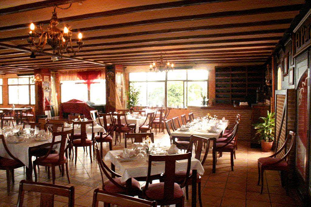 Restaurante en alquiler en plaza Los Halcones, Torrevieja - 200143092