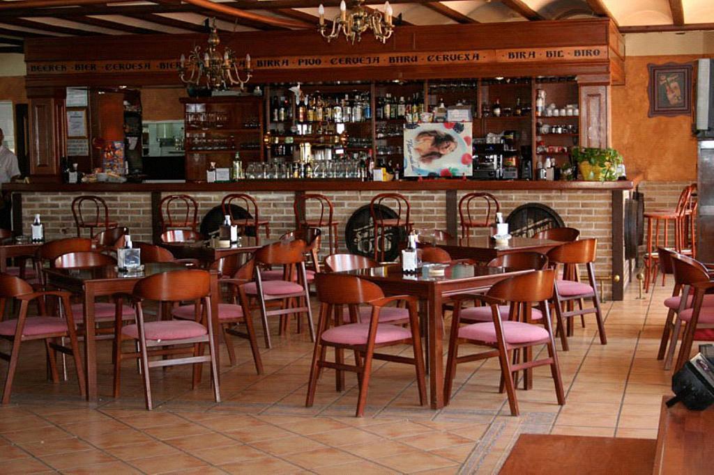 Restaurante en alquiler en plaza Los Halcones, Torrevieja - 200143115