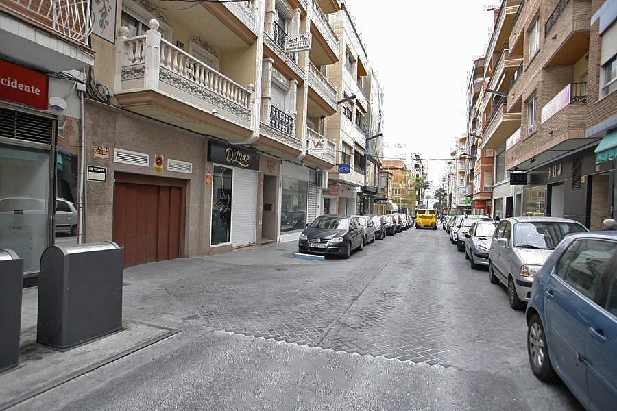 Local comercial en alquiler en calle Joaquin Chapaprieta, Centro en Torrevieja - 223550450