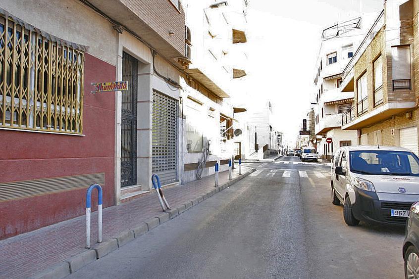 Local comercial en alquiler en calle Pedro Lorca, Centro en Torrevieja - 236901906