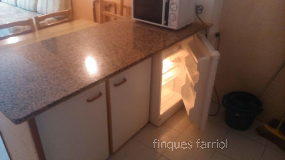 Cocina - Piso en alquiler en calle Vendrell, Capellans o acantilados en Salou - 318853371