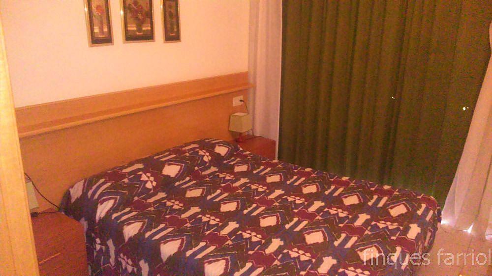 Dormitorio - Piso en alquiler en calle Vendrell, Capellans o acantilados en Salou - 318853381