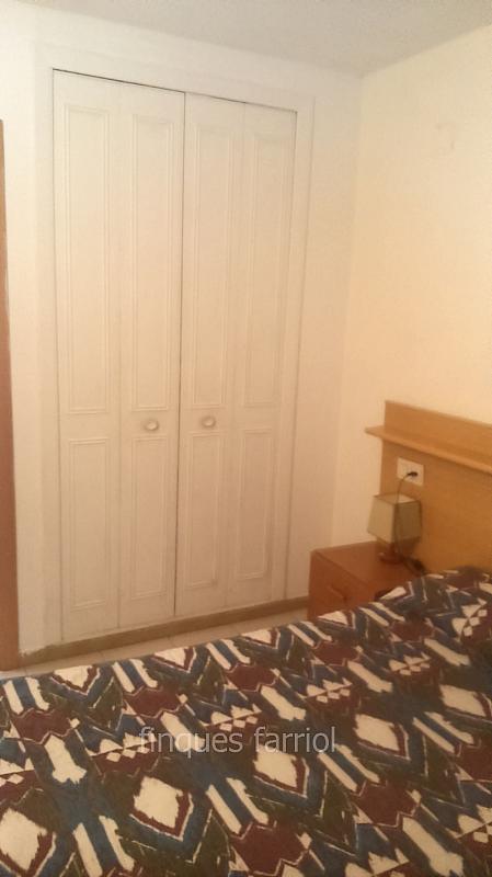 Dormitorio - Piso en alquiler en calle Vendrell, Capellans o acantilados en Salou - 318853384