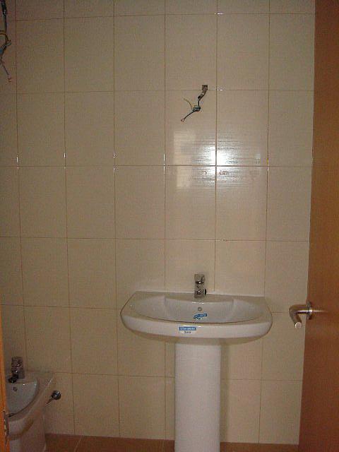 WC201.JPG - Apartamento en venta en calle Compositor Pedrell Olot, Olot - 237131570