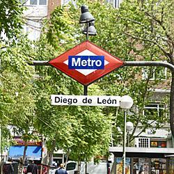 Local comercial en alquiler en Castellana en Madrid - 330152152