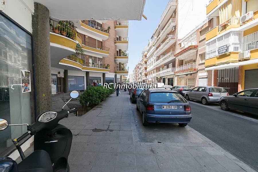 Foto - Local comercial en alquiler en calle Asunción Carrero Blanco, Los Remedios en Sevilla - 291836855