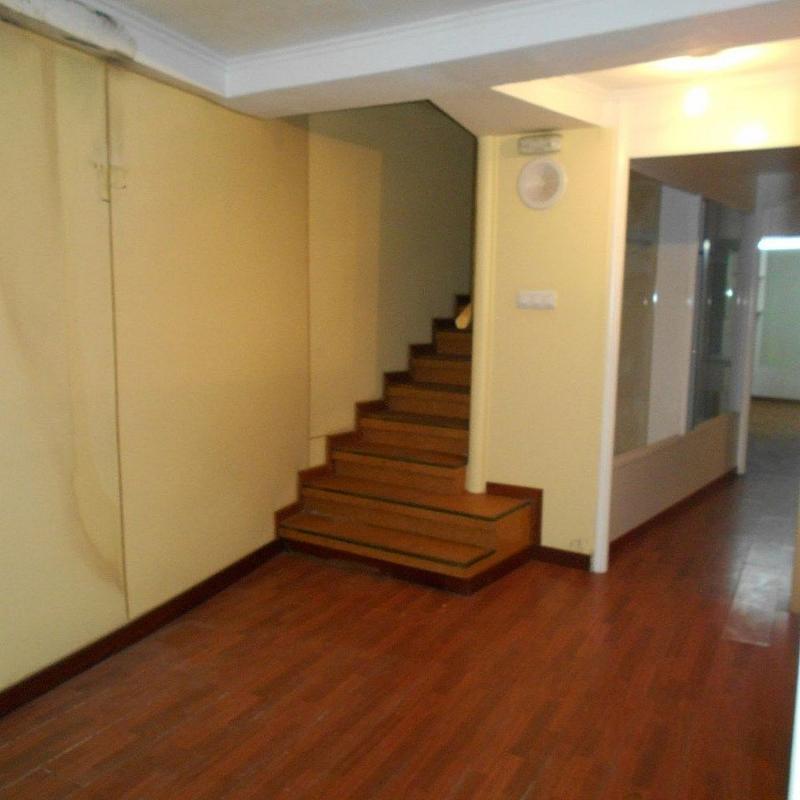 Local comercial en alquiler en calle Casas Reais, Santiago de Compostela - 362192480