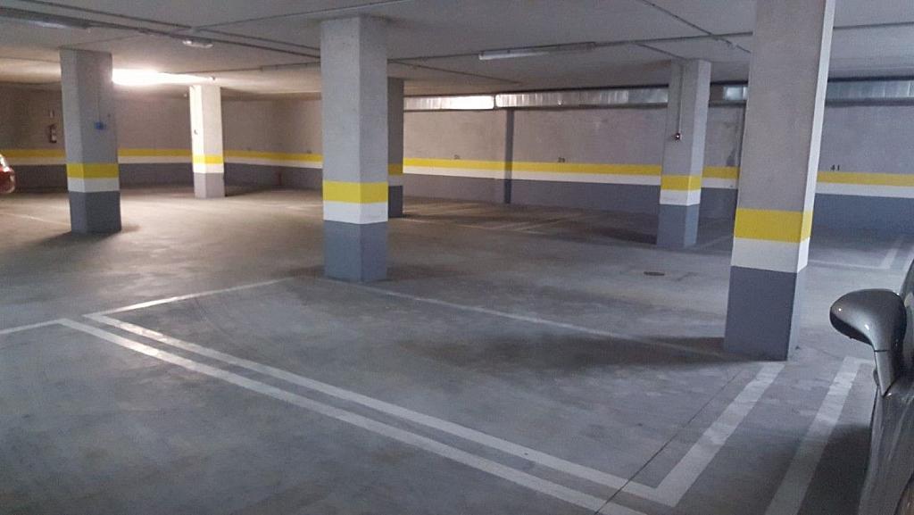 Garaje en alquiler en calle Avenida Syra Alonso, Santiago de Compostela - 337524363