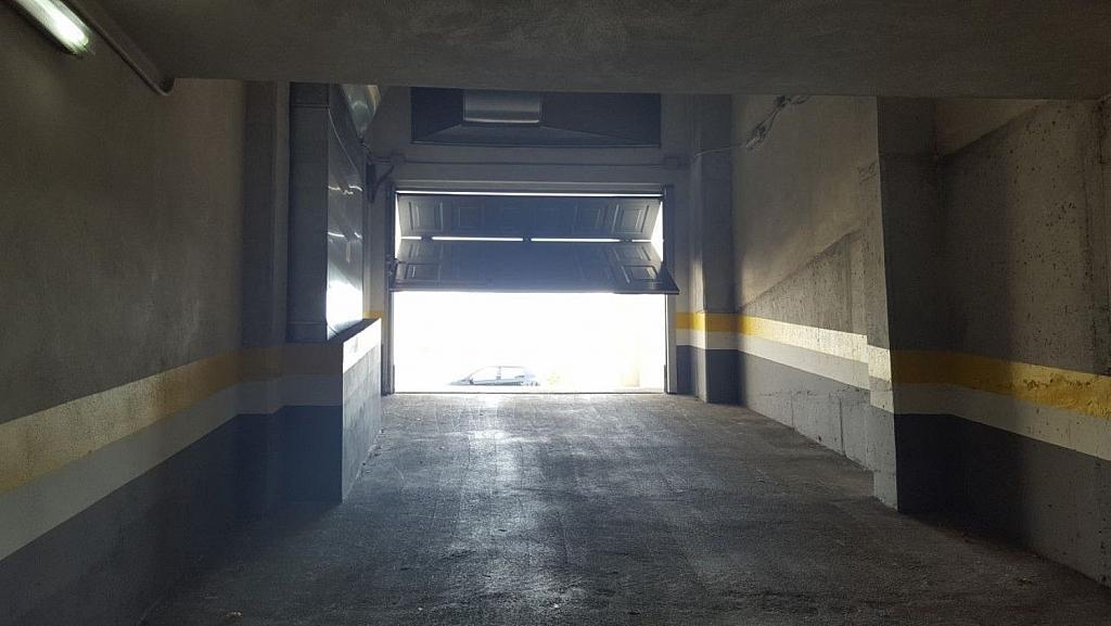 Garaje en alquiler en calle Avenida Syra Alonso, Santiago de Compostela - 337524378
