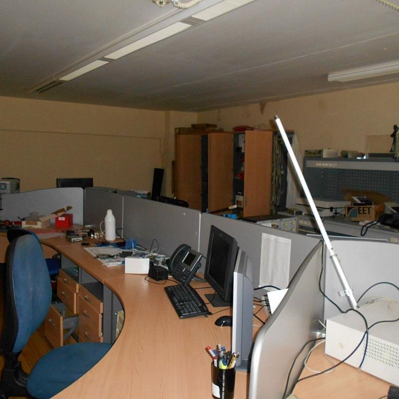 Nave industrial en alquiler en calle Hedras, Milladoiro (O) - 359414342
