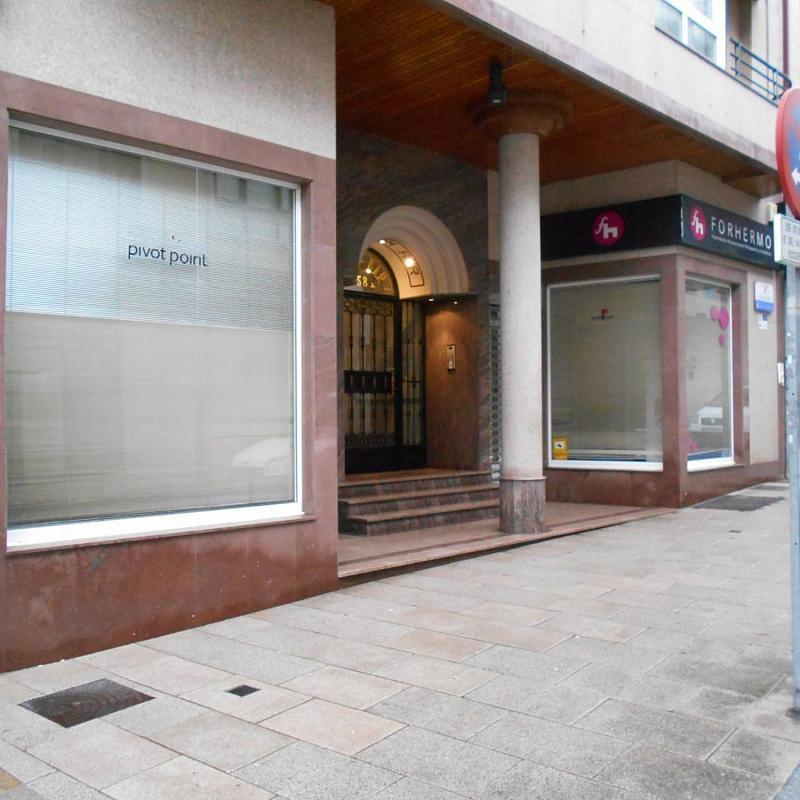 Local comercial en alquiler en calle De Sánchez Freire, Santiago de Compostela - 359415317