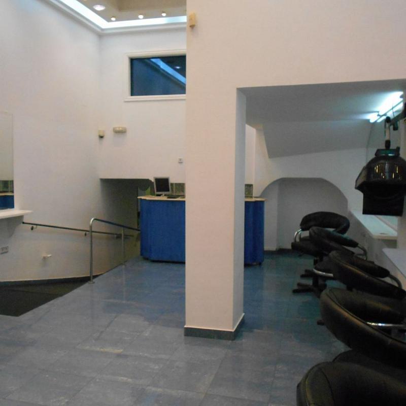 Local comercial en alquiler en calle De Sánchez Freire, Santiago de Compostela - 359415341