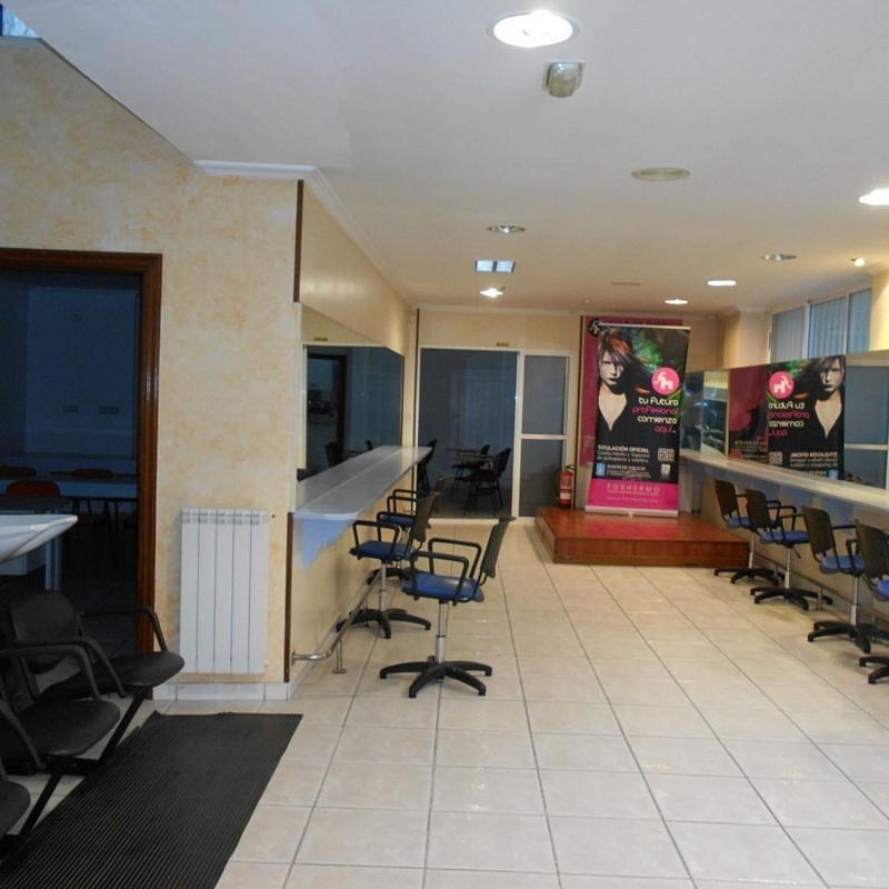 Local comercial en alquiler en calle De Sánchez Freire, Santiago de Compostela - 359415383
