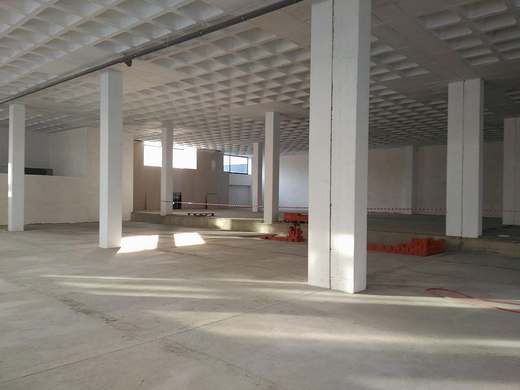 Local comercial en alquiler en calle Pardiñeiros, Milladoiro (O) - 356882007