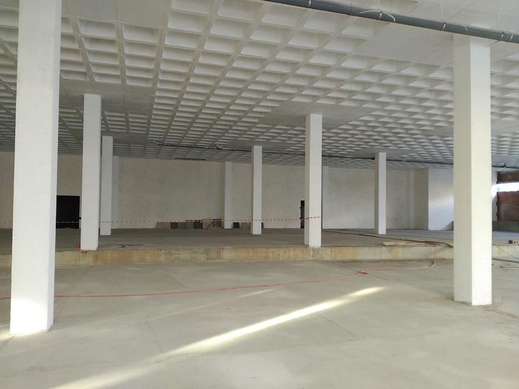 Local comercial en alquiler en calle Pardiñeiros, Milladoiro (O) - 356882070