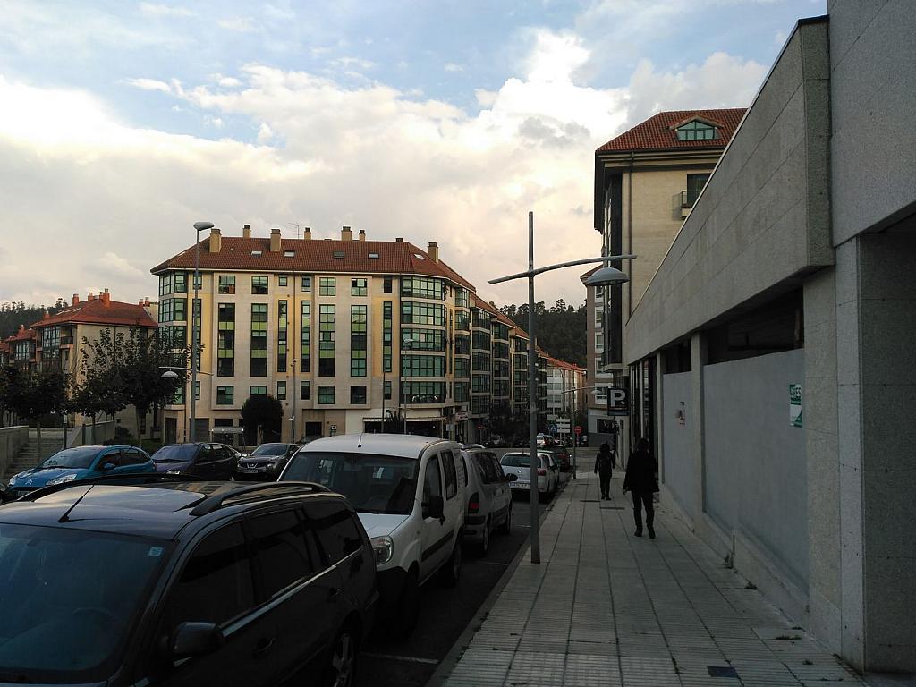 Local comercial en alquiler en calle Pardiñeiros, Milladoiro (O) - 356882091